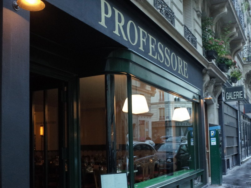 Professore Paris 9