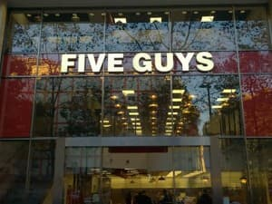 Five Guys Champs-Elysées Paris 8