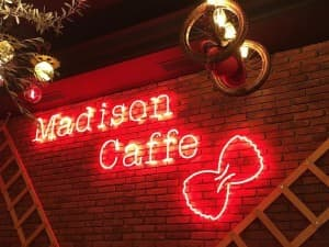 Madison Caffe  Paris 16